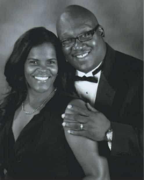 Earl Cox, Lynnette Cox
