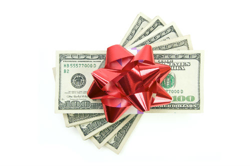 5 Smart Ways to Give the Gift of Stock Investing This Holiday Season
